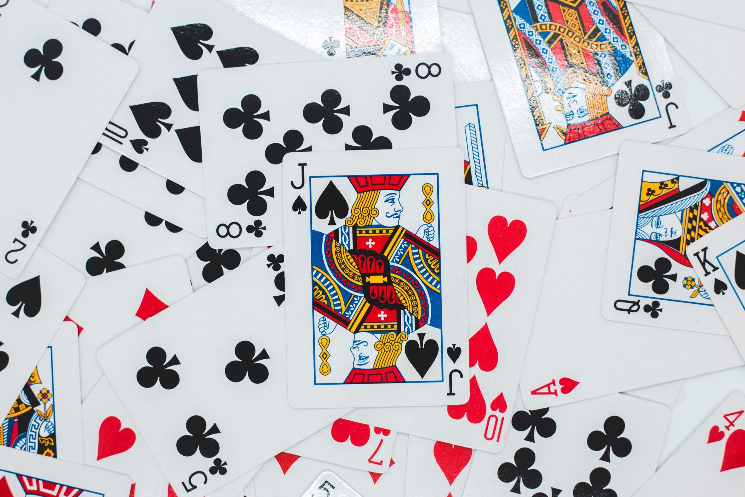 Cómo jugar a juegos de cartas clásicos